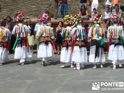 Majaelrayo - Pueblos arquitectura negra - Fiesta de los danzantes, Santo Niño; sendero del agua